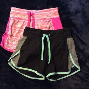 Bundle of 2 girl size 7/8 shorts